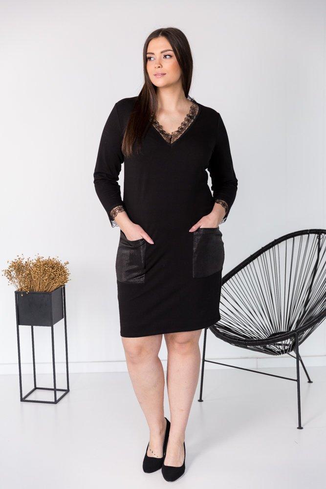 Czarna Sukienka MADIA Plus Size