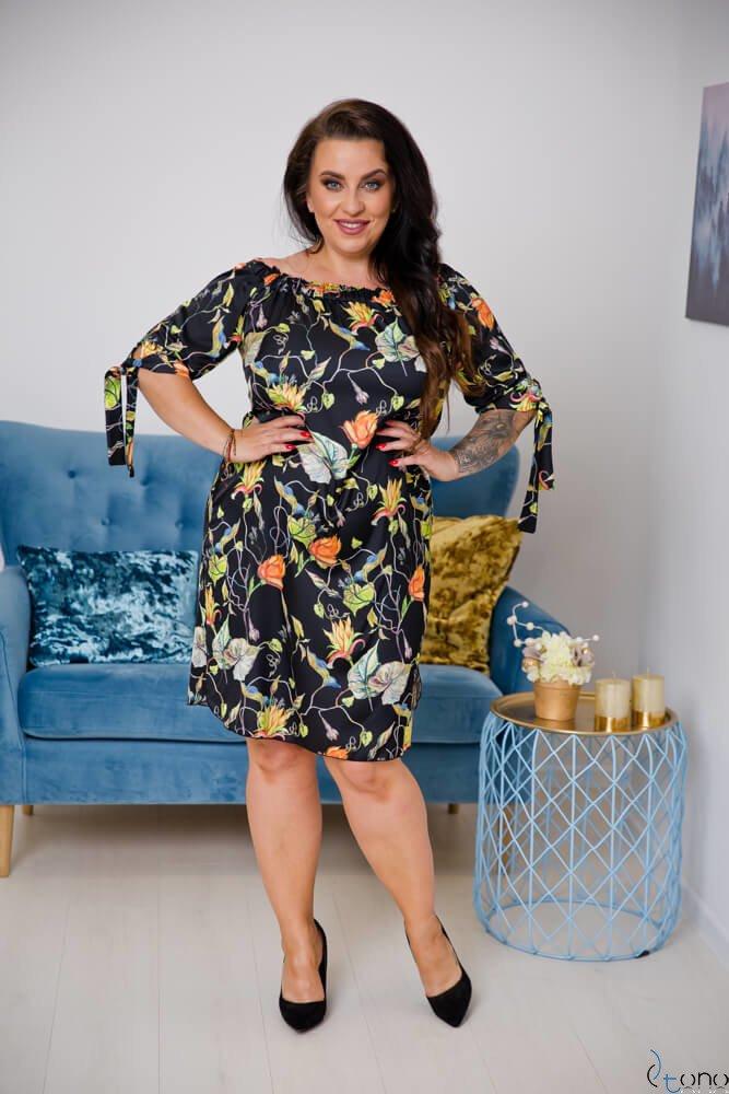 Czarna Sukienka VALENCIA Plus Size